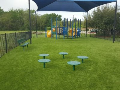 playground-with-artificial-grass