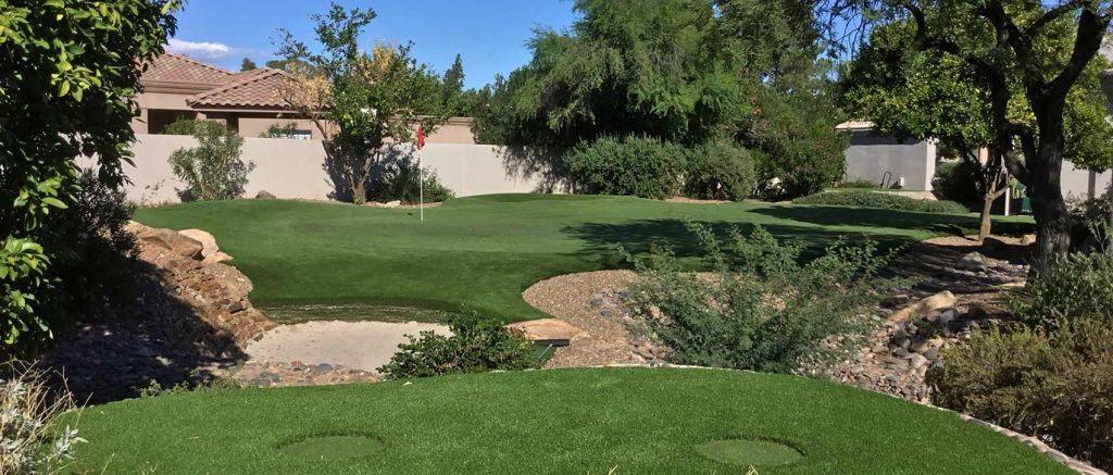 Backyard artificial turf putting green