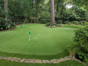 Private, custom backyard putting green installers