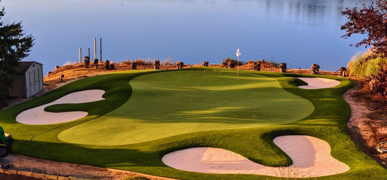 waterside-private-golf-green