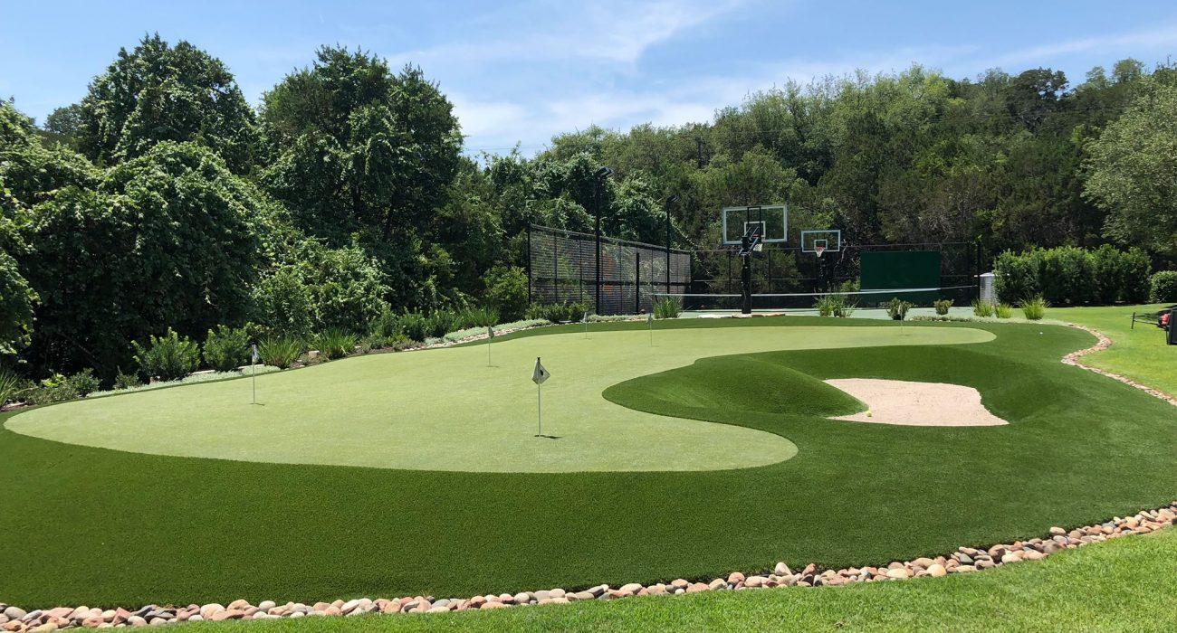 custom backyard putting green installers